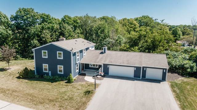 550 Sarah Ln, Cedarburg, WI 53012 (#1710552) :: OneTrust Real Estate