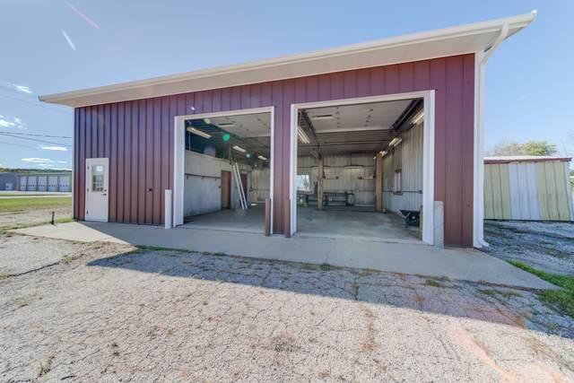 W2542 Oak St, Ashippun, WI 53003 (#1710894) :: OneTrust Real Estate