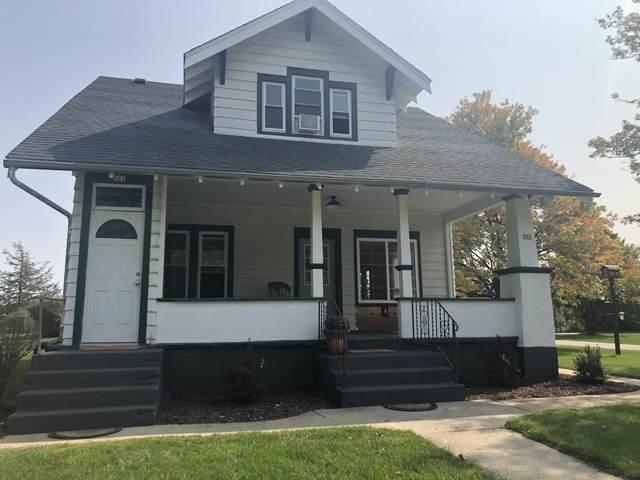 523 W Wilson St, Palmyra, WI 53156 (#1710933) :: NextHome Prime Real Estate