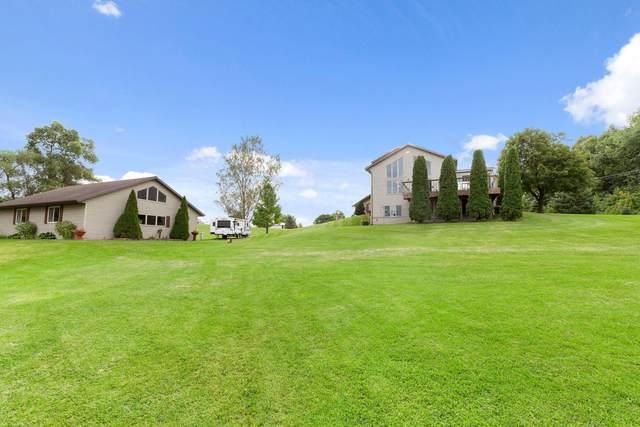 4046 W Emerald Dr, Watertown, WI 53094 (#1710998) :: NextHome Prime Real Estate