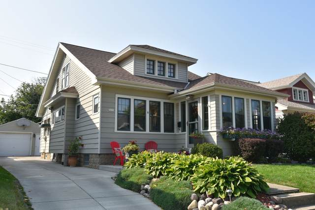 2213 N 68th St, Wauwatosa, WI 53213 (#1711054) :: OneTrust Real Estate