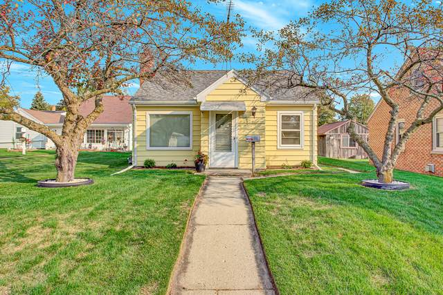 1802 Elm Ave, Sheboygan, WI 53081 (#1711380) :: RE/MAX Service First Service First Pros