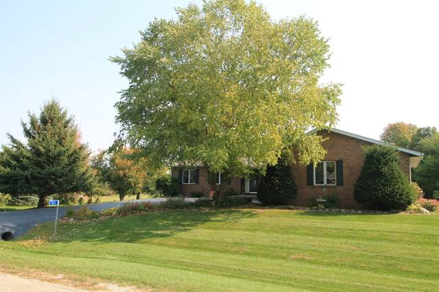 622 Pinehurst Ct, Twin Lakes, WI 53181 (#1711543) :: Tom Didier Real Estate Team