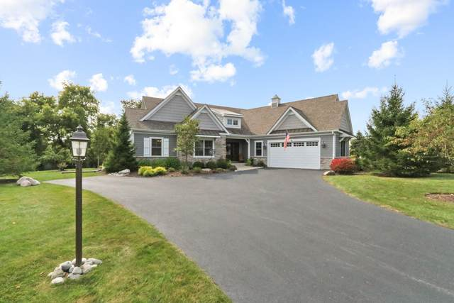 829 Red Hawk Dr, Walworth, WI 53184 (#1711733) :: OneTrust Real Estate
