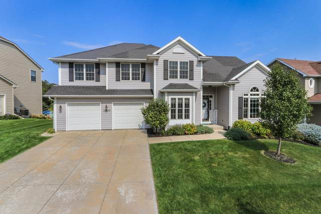 15540 73rd St, Kenosha, WI 53142 (#1711810) :: Tom Didier Real Estate Team