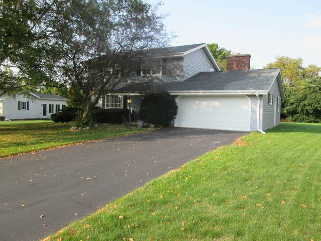 510 Maple Way S, Waukesha, WI 53188 (#1712045) :: OneTrust Real Estate