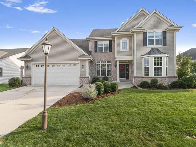 N174W20271 Creekside Dr, Jackson, WI 53037 (#1712329) :: Tom Didier Real Estate Team