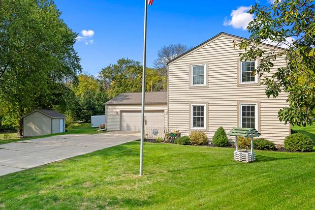 W292N8267 Parkview Ct, Merton, WI 53029 (#1712345) :: RE/MAX Service First