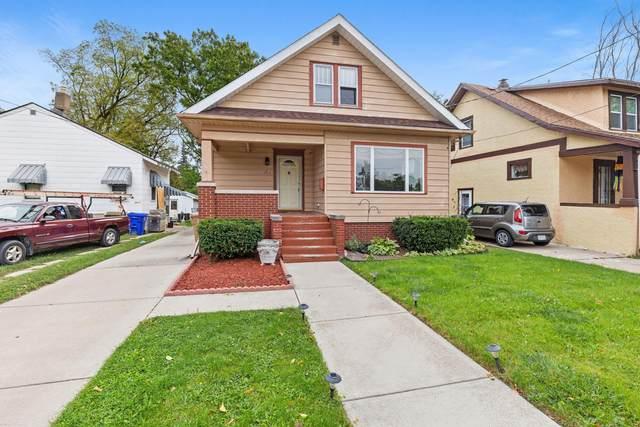 7417 26th Ave, Kenosha, WI 53143 (#1712384) :: Tom Didier Real Estate Team