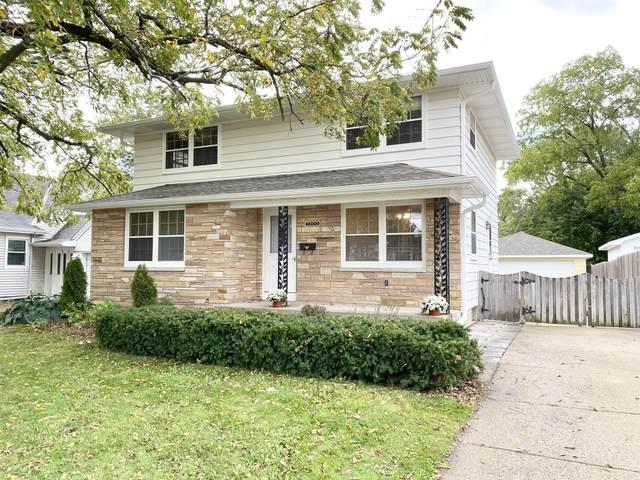7200 43rd Ave, Kenosha, WI 53142 (#1712417) :: OneTrust Real Estate