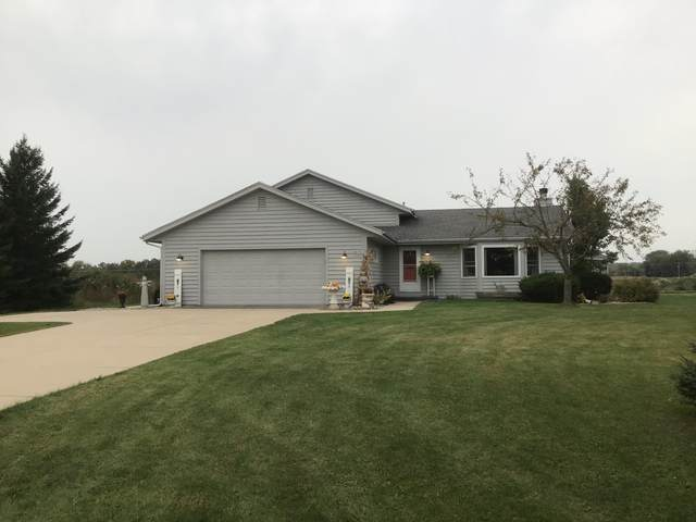 W259N9459 Riverview Dr, Lisbon, WI 53017 (#1712518) :: RE/MAX Service First Service First Pros
