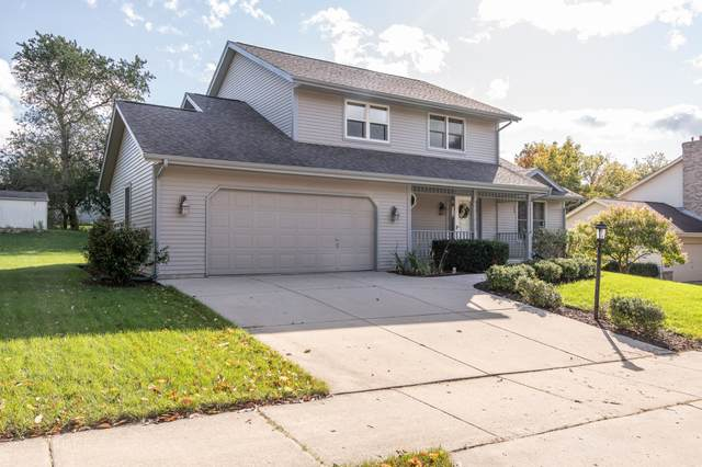 1255 Highpoint Ln, Waukesha, WI 53189 (#1712660) :: OneTrust Real Estate