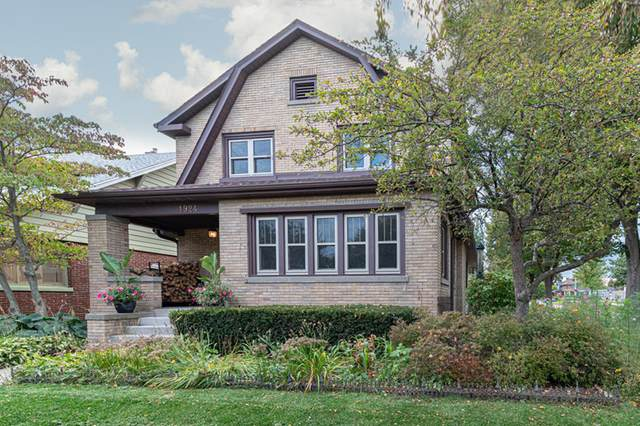 1924 N 2nd St, Sheboygan, WI 53081 (#1712752) :: Tom Didier Real Estate Team