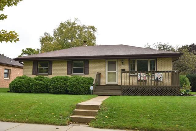 3250 S 55th St, Milwaukee, WI 53219 (#1712757) :: Tom Didier Real Estate Team
