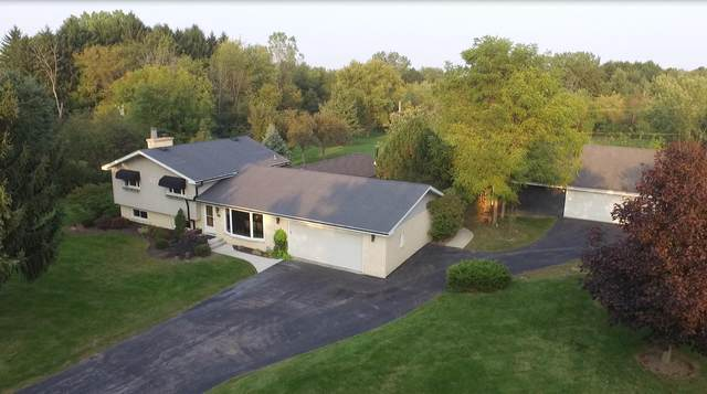 10633 32nd Ave, Pleasant Prairie, WI 53158 (#1712893) :: RE/MAX Service First Service First Pros