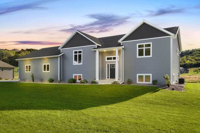 W6357 Maplewood Ln, Onalaska, WI 54636 (#1712970) :: OneTrust Real Estate