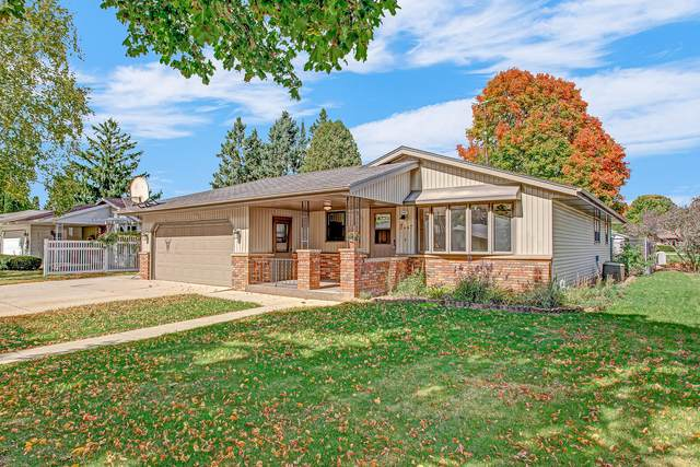 2447 E Mark Dr, Sheboygan, WI 53083 (#1713266) :: OneTrust Real Estate
