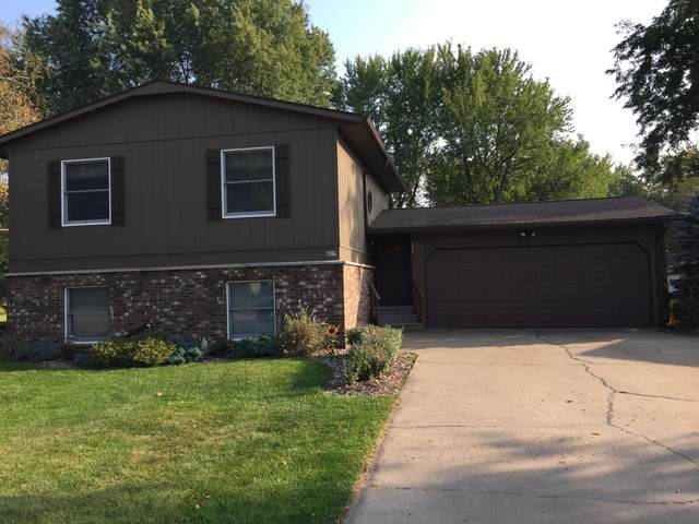 827 E Olson St, Blair, WI 54616 (#1713653) :: OneTrust Real Estate