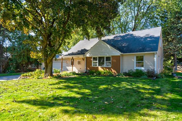2353 N 115th St, Wauwatosa, WI 53226 (#1713692) :: Tom Didier Real Estate Team