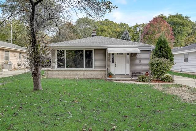 11720 W Dearbourn Ave, Wauwatosa, WI 53226 (#1713911) :: OneTrust Real Estate