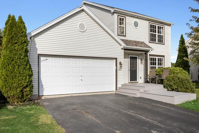 1007 Teal Trl, Genoa City, WI 53128 (#1714094) :: RE/MAX Service First Service First Pros