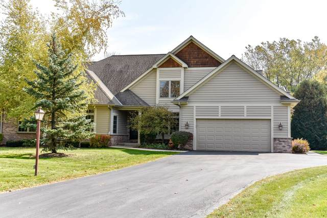10496 N Hidden Creek Ct, Mequon, WI 53092 (#1714171) :: OneTrust Real Estate