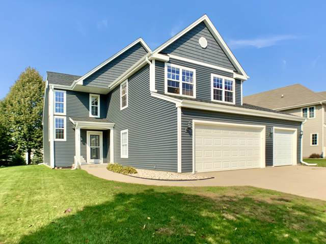 2537 Fox River Pkwy, Waukesha, WI 53189 (#1714185) :: OneTrust Real Estate