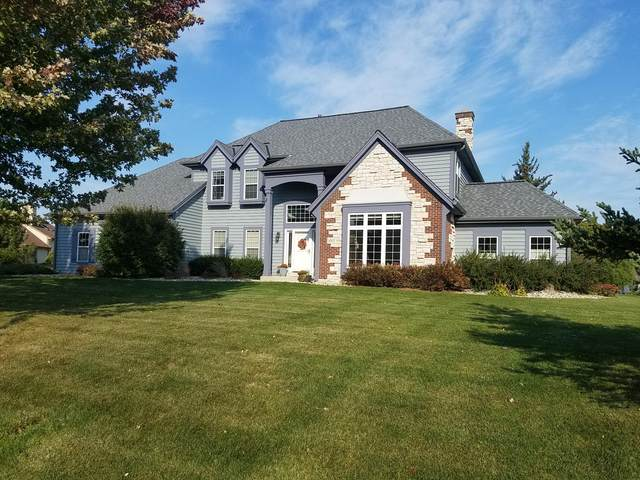 10532 N Elderberry Ln, Mequon, WI 53092 (#1714280) :: RE/MAX Service First