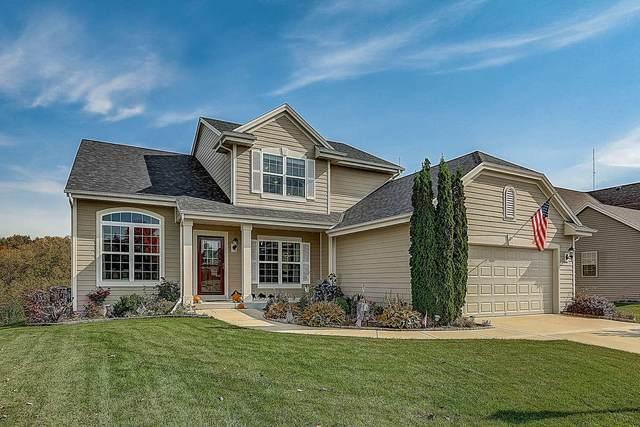 N173W20018 Creekside Dr, Jackson, WI 53037 (#1714321) :: Tom Didier Real Estate Team