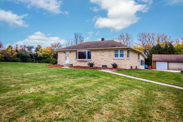 W299S1170 Brandybrook Rd, Delafield, WI 53188 (#1714574) :: RE/MAX Service First