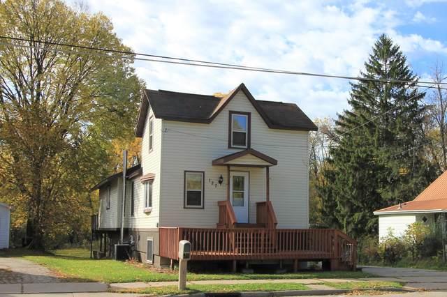 127 W Montgomery St, Sparta, WI 54656 (#1714626) :: NextHome Prime Real Estate