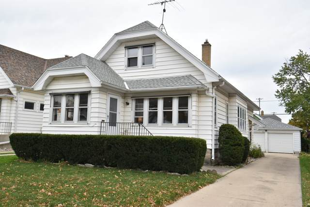1302 S 53rd St, West Milwaukee, WI 53214 (#1714812) :: RE/MAX Service First Service First Pros