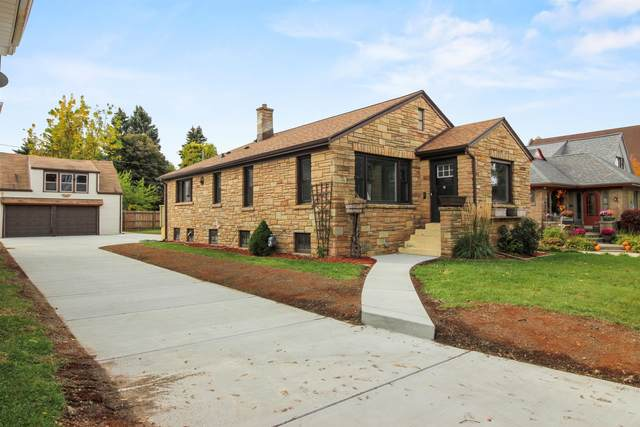 3819 E Underwood Ave, Cudahy, WI 53110 (#1715209) :: RE/MAX Service First