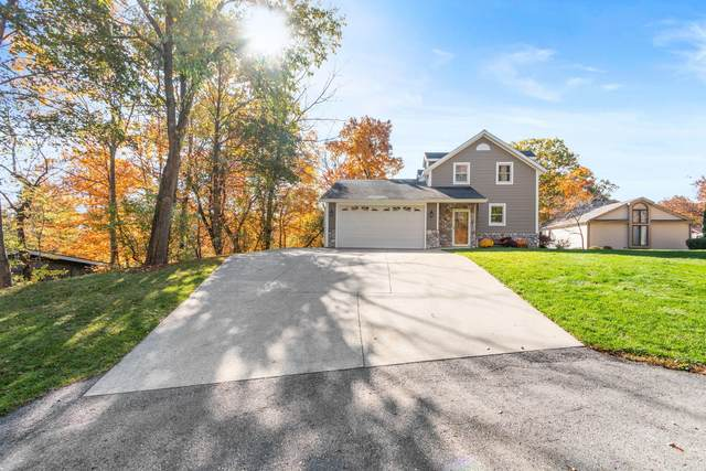1808 Bark River Dr, Delafield, WI 53029 (#1715251) :: OneTrust Real Estate