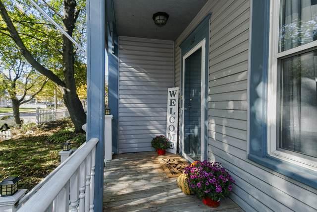 612 Madison St, Waukesha, WI 53188 (#1715270) :: OneTrust Real Estate