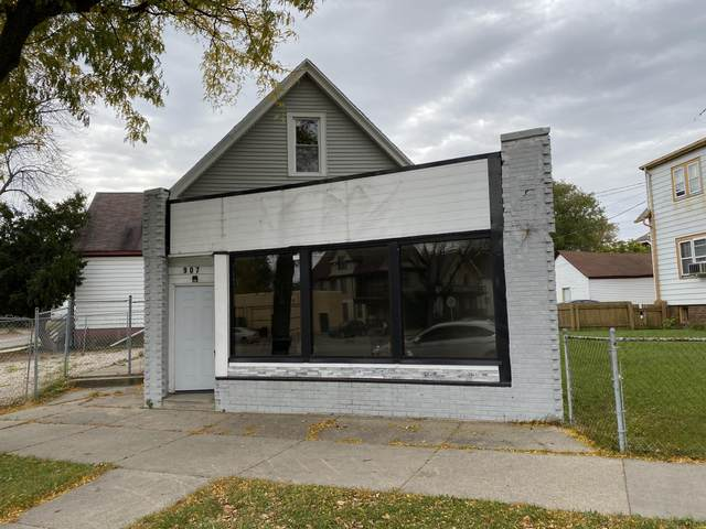 907 W Atkinson Ave, Milwaukee, WI 53206 (#1715558) :: OneTrust Real Estate