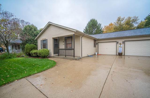 1713 Carrie Ln, West Bend, WI 53095 (#1715960) :: Tom Didier Real Estate Team
