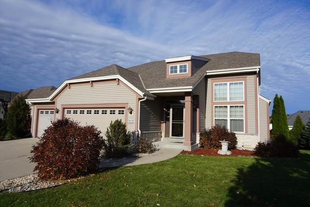 N173W20090 Raymond Rd, Jackson, WI 53037 (#1716034) :: Tom Didier Real Estate Team
