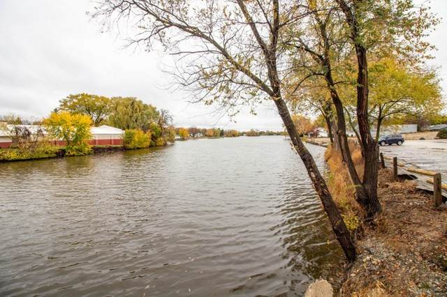 100 E Cady St, Watertown, WI 53094 (#1716141) :: RE/MAX Service First