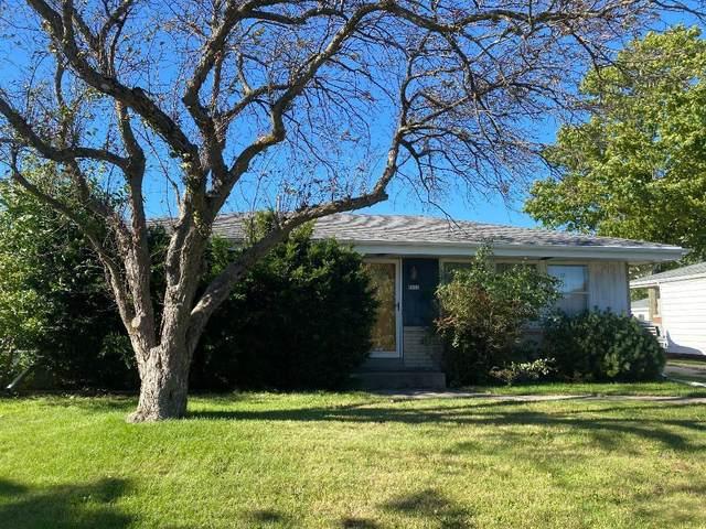 8200 W Casper St, Milwaukee, WI 53223 (#1716185) :: NextHome Prime Real Estate
