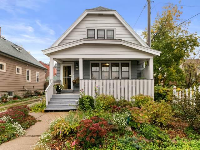 119 E Norwich St, Milwaukee, WI 53207 (#1716193) :: NextHome Prime Real Estate