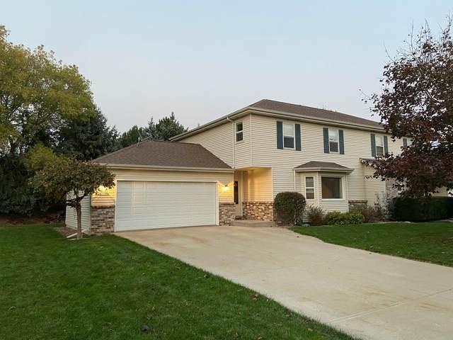 W199N11298 Rosewood Ct., Germantown, WI 53022 (#1716253) :: Tom Didier Real Estate Team