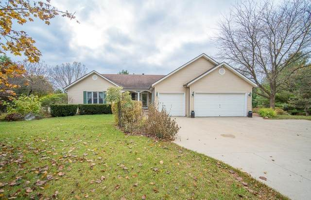 1747 Wallace Lake Rd, Trenton, WI 53090 (#1716311) :: OneTrust Real Estate