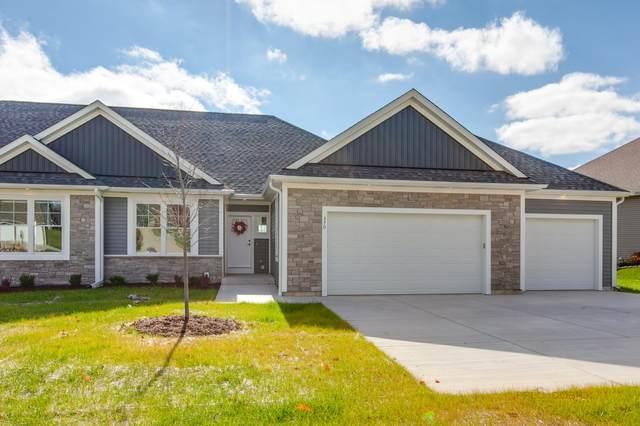 370 S Stone Ridge Dr, Lake Geneva, WI 53147 (#1716340) :: Tom Didier Real Estate Team