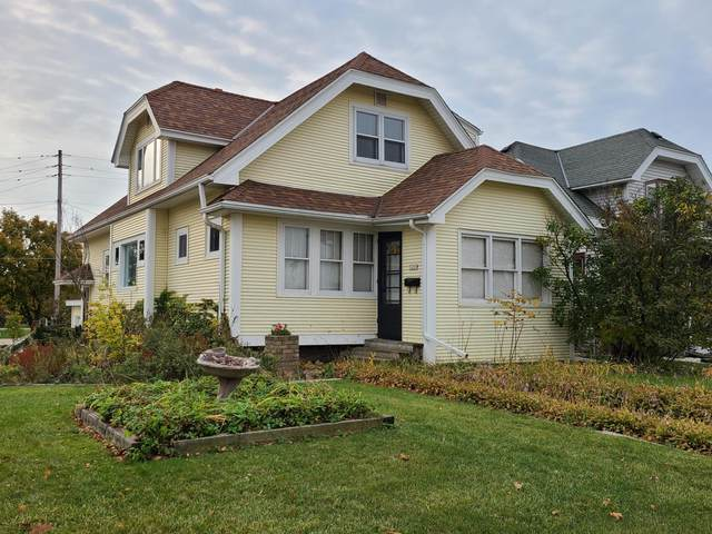 5205 W National Ave, West Milwaukee, WI 53214 (#1716373) :: OneTrust Real Estate