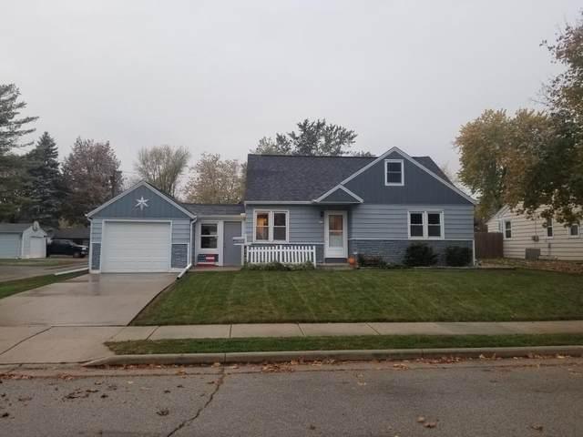 413 East Ave, Hartford, WI 53027 (#1716434) :: OneTrust Real Estate