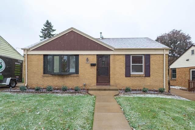 2737 S 51st St., Milwaukee, WI 53219 (#1716436) :: Tom Didier Real Estate Team
