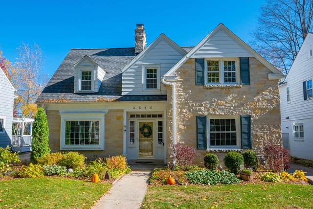 2640 N 89th St, Wauwatosa, WI 53226 (#1716453) :: RE/MAX Service First Service First Pros