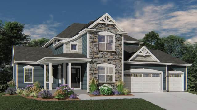 10159 Woodside Ct, Franklin, WI 53132 (#1716491) :: Tom Didier Real Estate Team