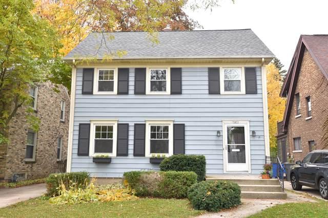 5855 N Shoreland Ave, Whitefish Bay, WI 53217 (#1716511) :: OneTrust Real Estate